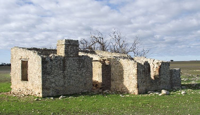 Ruin of Teichelmann's home in Stansbury