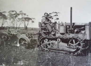 Br Contempree on tractor